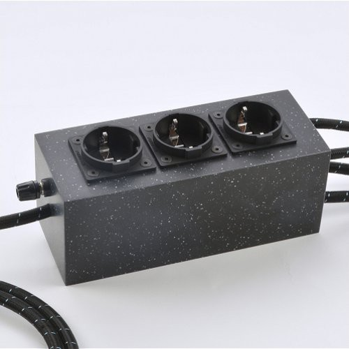 Platin Line: HPCPL MARK 5-7 - HybridPowerCube Netzverteiler